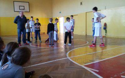 Pokaz koszykówki