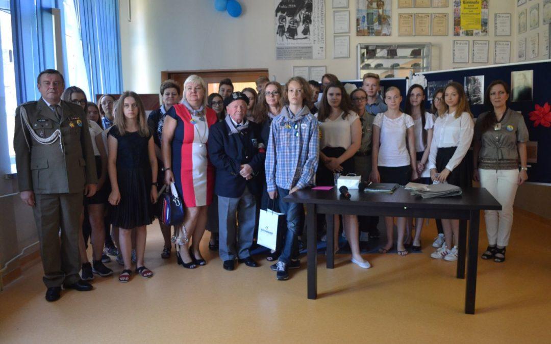 XXV Jubileuszowy Zlot Szarych Szeregów – Projekt Edukacyjny Klasy IIB