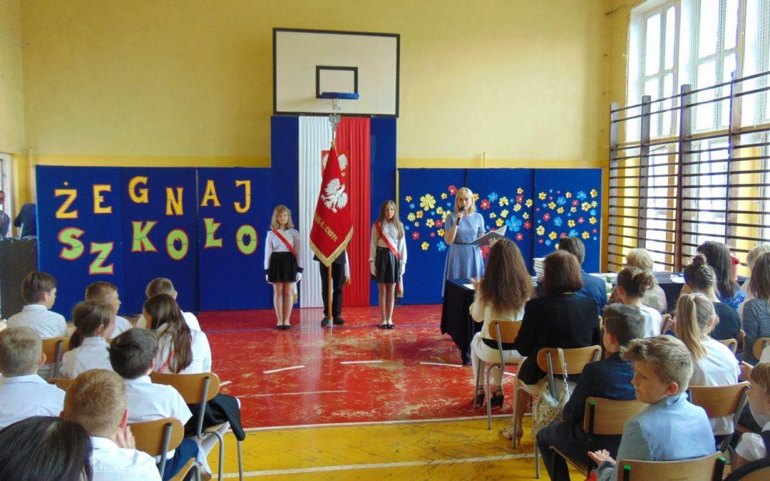 """Uroczyste zakończenie roku szkolnego 2017/18 w budynku """"A"""""""