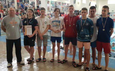 Pływacy wicemistrzami województwa