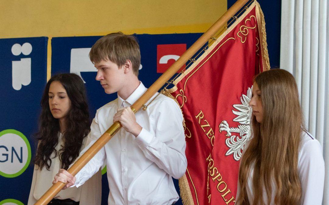 Uroczystość ukończenia szkoły uczniów klas ósmych